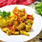 Ryż curry z kurczakiem i warzywami