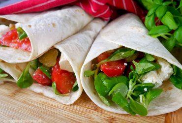 Tortilla z warzywami i fetą