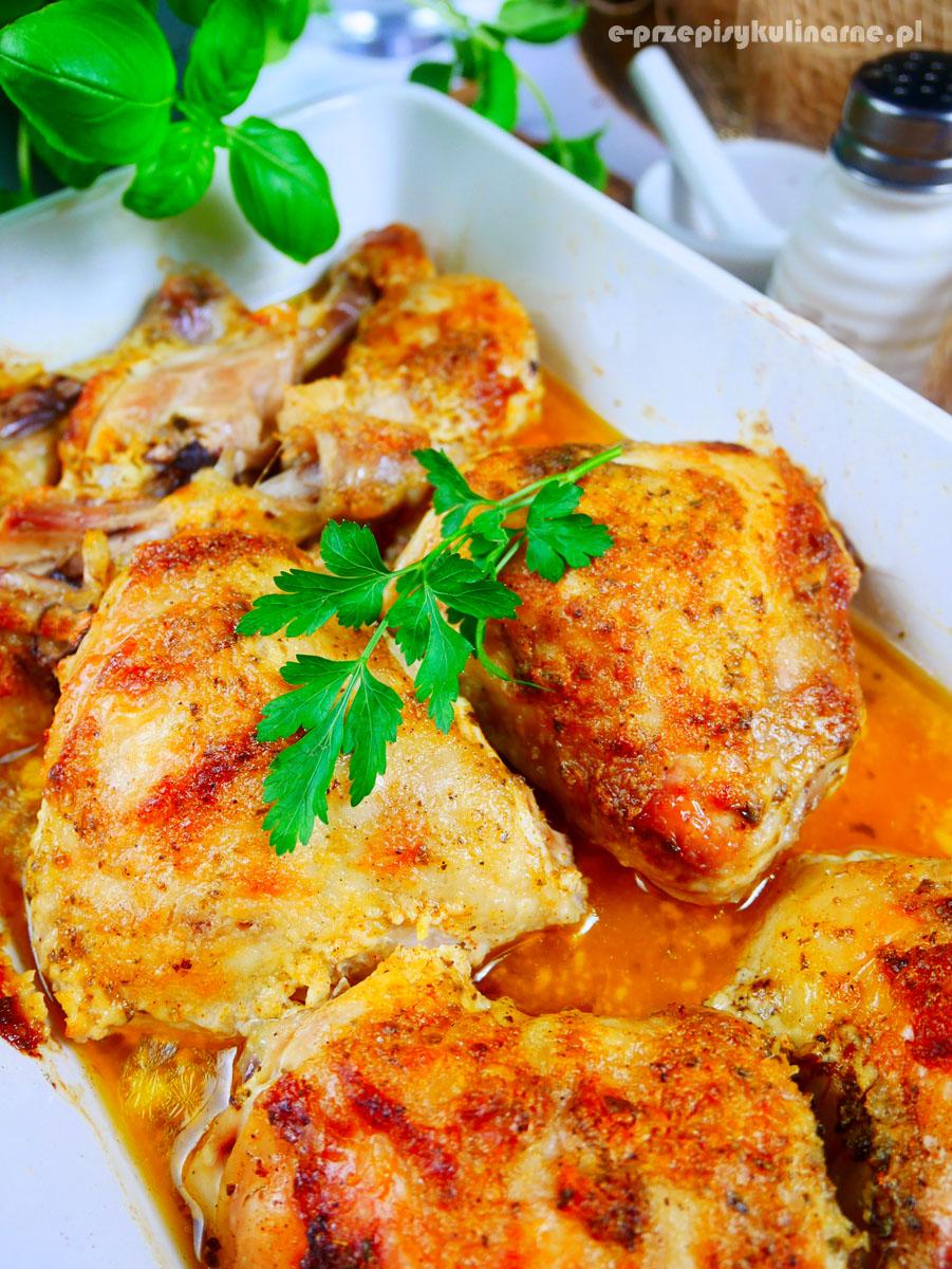 Złocisty kurczak w majonezie – szybki przepis na obiad