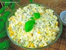 Sałatka ziemniaczana z porem i kukurydzą