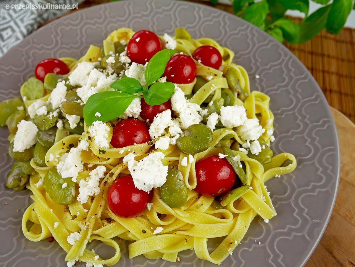 Tagliatelle z bobem – przepis na szybki obiad