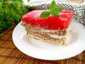 Arbuzowy sernik na zimno – orzeźwiające ciasto bez pieczenia