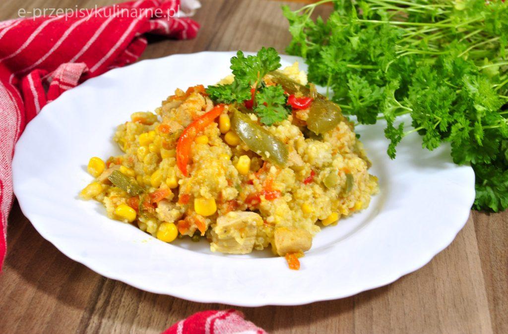 Kasza jaglana z warzywami i kurczakiem