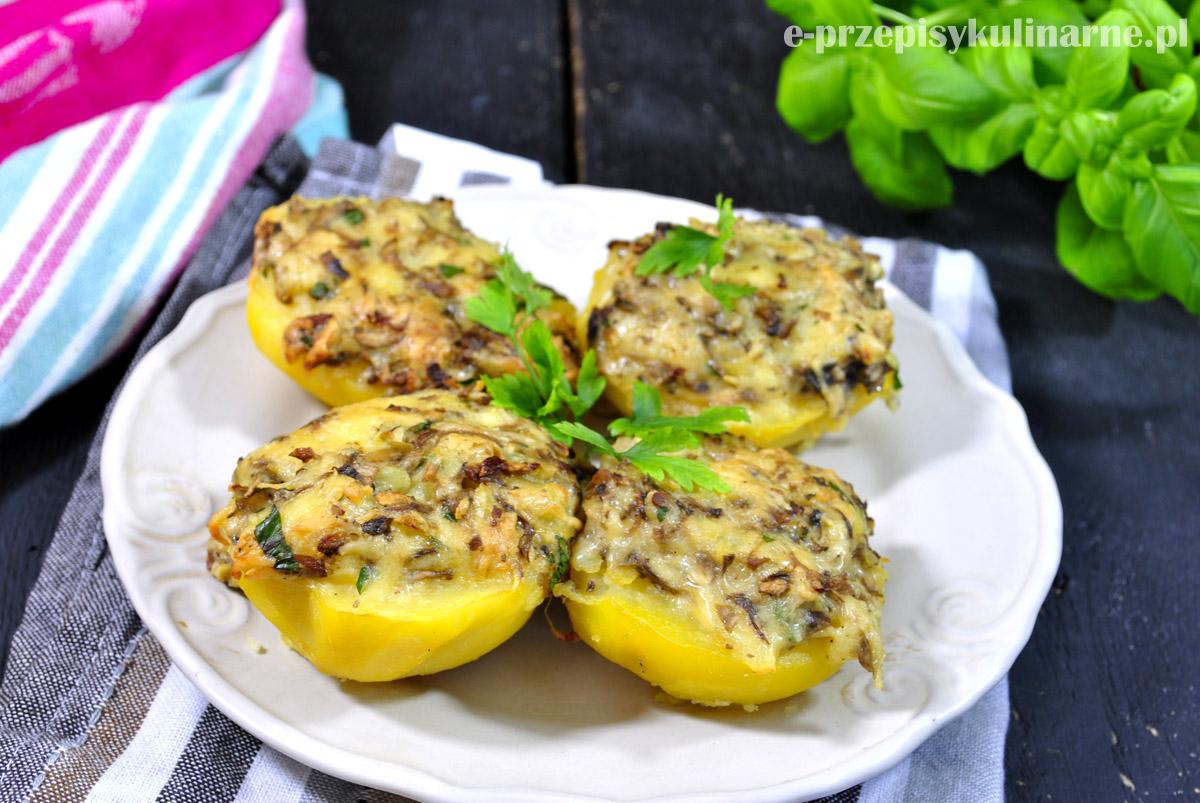 Ziemniaki faszerowane pieczarkami i serem