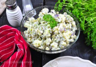 Sałatka ziemniaczana z groszkiem i koperkiem
