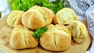 Puszyste bułki pszenne bez drożdży – sprawdzony przepis
