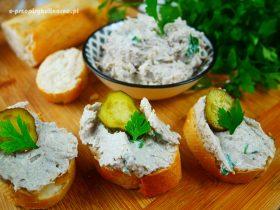 Awanturka – pasta do chleba z sardynkami
