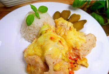 Kurczak zapiekany w jogurcie – błyskawiczny przepis na obiad