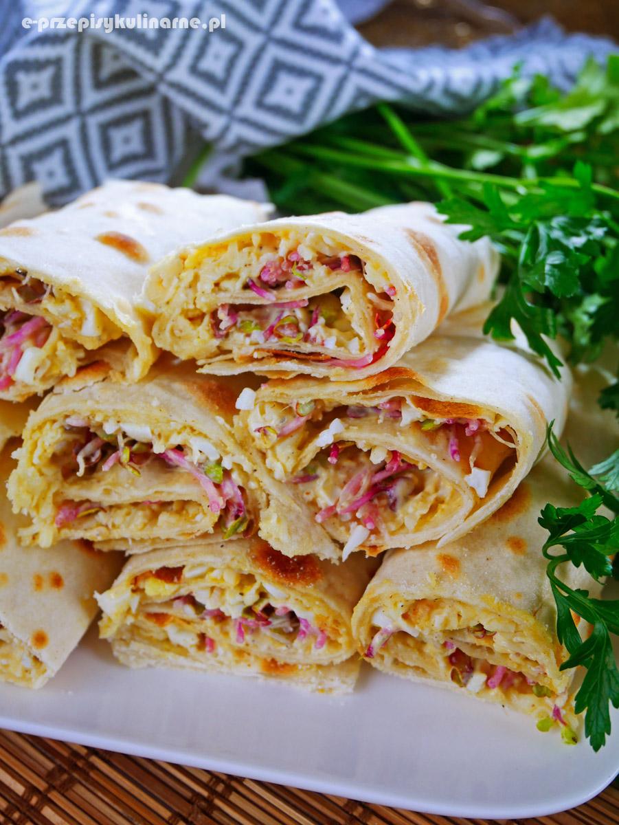 Tortilla z pastą jajeczną – pyszny pomysł na śniadanie lub imprezę