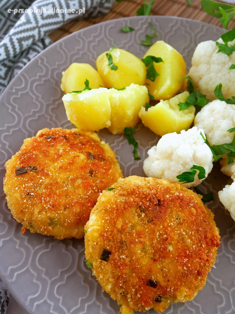 Kotlety jajeczne ze szczypiorkiem – szybki przepis na bezmięsny obiad