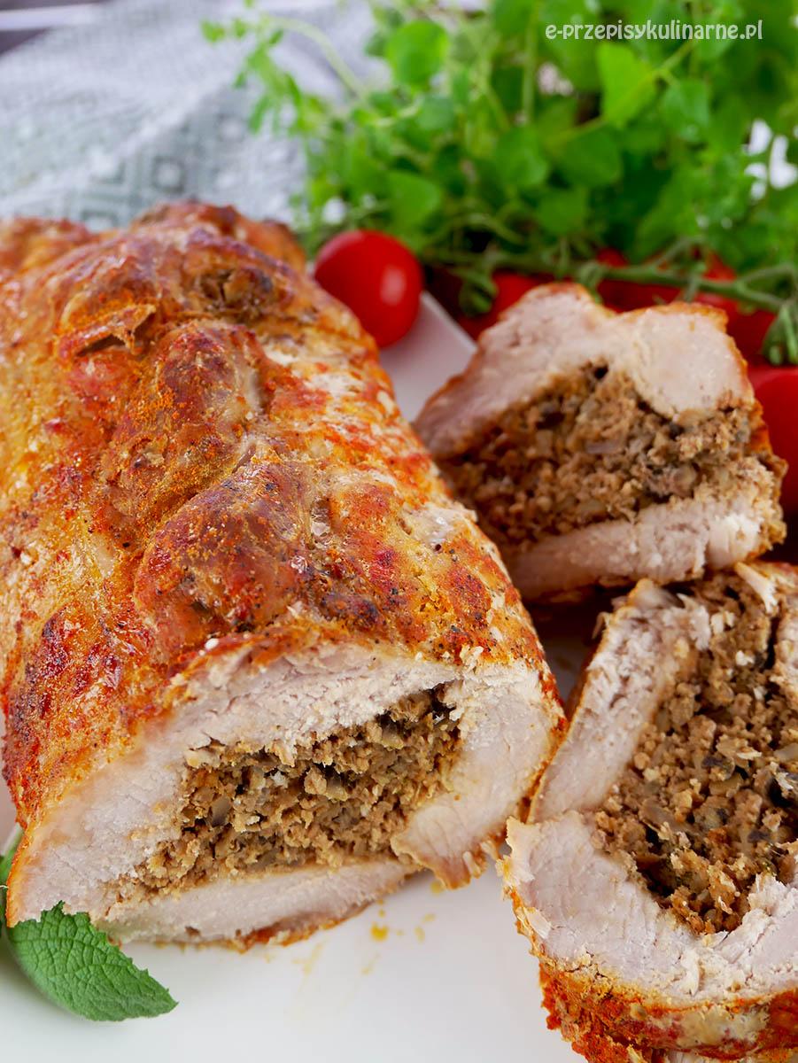 Rolada ze schabu z mięsem mielonym – na obiad lub do kanapek