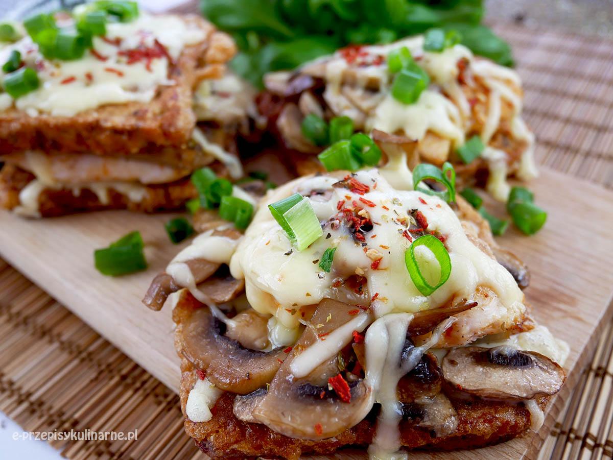 Kurczak na chlebie – super zapiekanki chleba tostowego