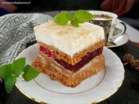 Ciasto Niezły Bajerant – z masą kajmakową i malinami