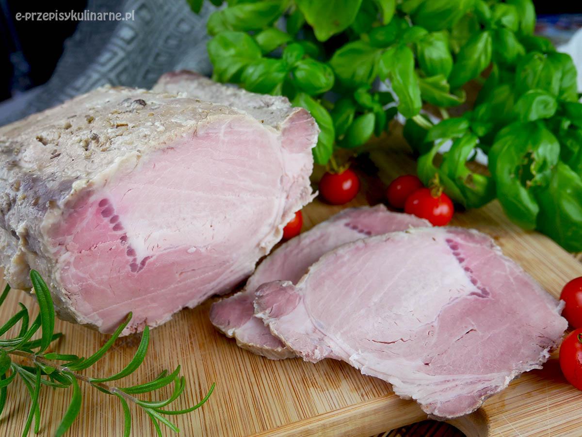 Schab gotowany w majonezie dziesięciominutowy – soczysty i mięciutki